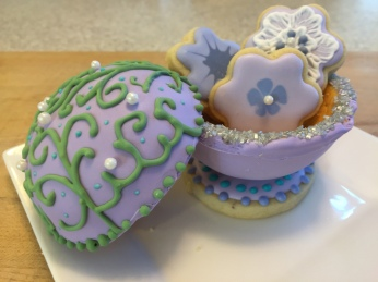 Edible gift box for mom!