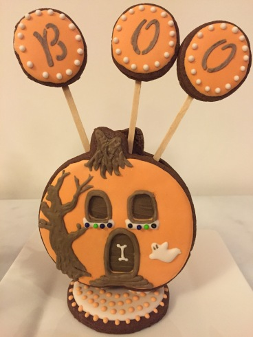 Edible cookie house