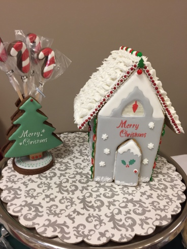 Decorative Christmas Gingerbread house and cookie tree 2016.